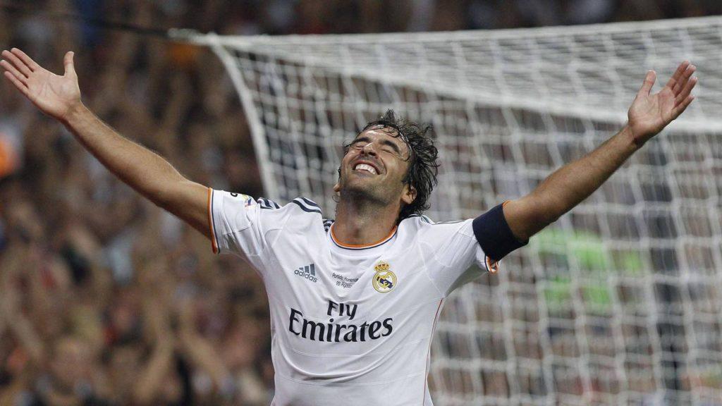 Raul Gonzalez Resmi Duduk di Kursi Pelatih Real Madrid Castilla